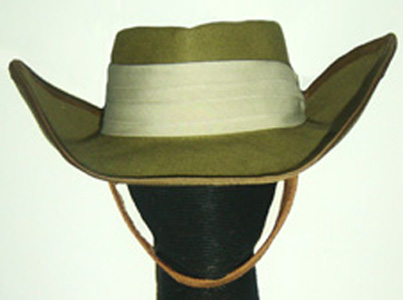 Oversized diggers hat by Philadelphia Philpot