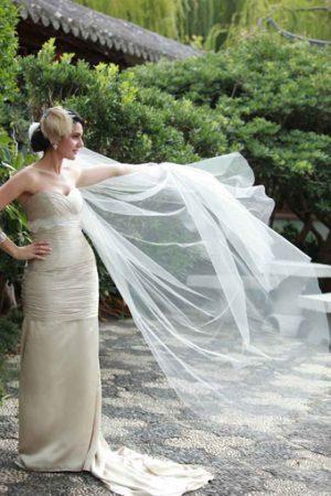 Philadelphia_Philpot_feathered_bridal_headpiece_Marylin_Rossano2011 Sydney