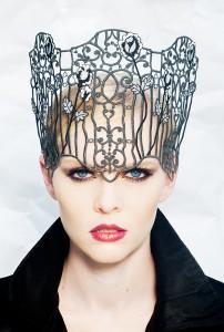 torunn_photographs_philadelphia_philpot_millinery_black_gothic_princess_bridal_headpiece_2013