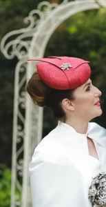 Red_wedding_hat_by_Philadelphia_Philpot_for Alana_2015